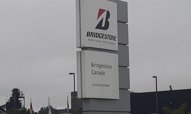 Formation de la main-d'œuvre – Le ministre Jean Boulet annonce plus de 1,9 M$ pour la formation des travailleurs de Bridgestone à Joliette