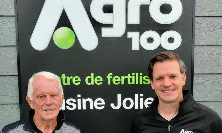 Agro-100 Ltée souligne les 30 ans de contribution d'exception de Fernand Fafard, l'un de ses artisans de la première heure