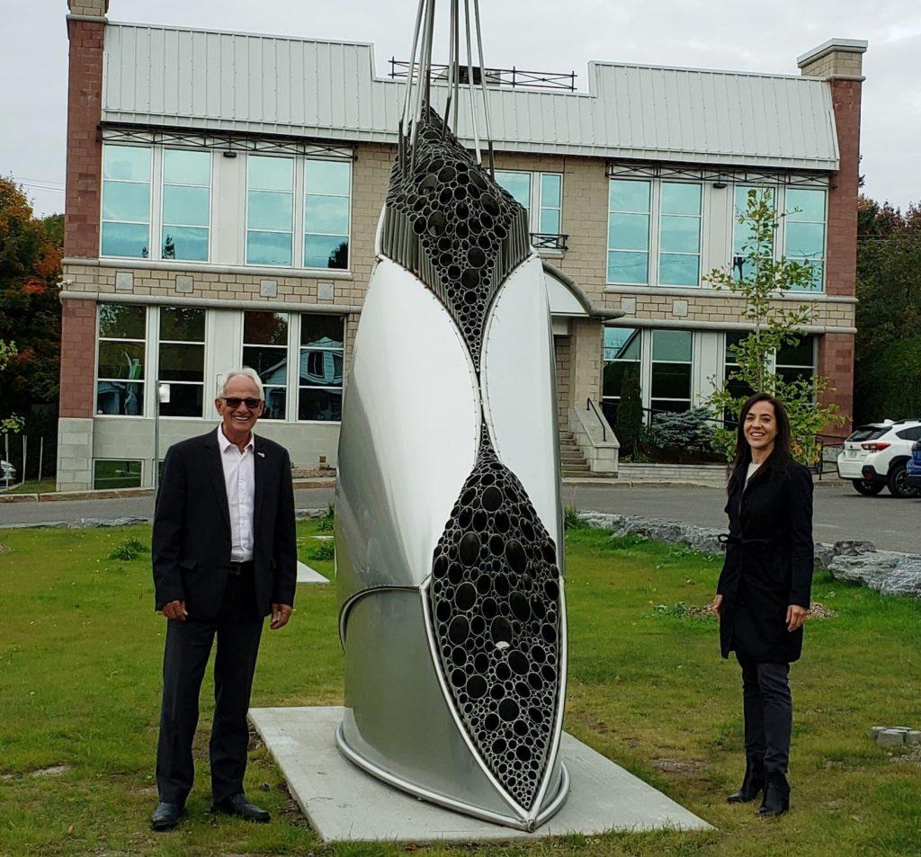 Une première sculpture grandiose prend place à la MRC de Montcalm