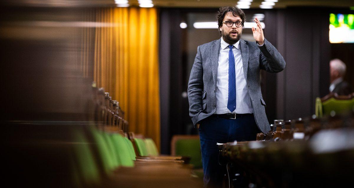 « Pas question de laisser le fédéral diminuer les services aux citoyens de la Haute-Matawinie » – Gabriel Ste-Marie