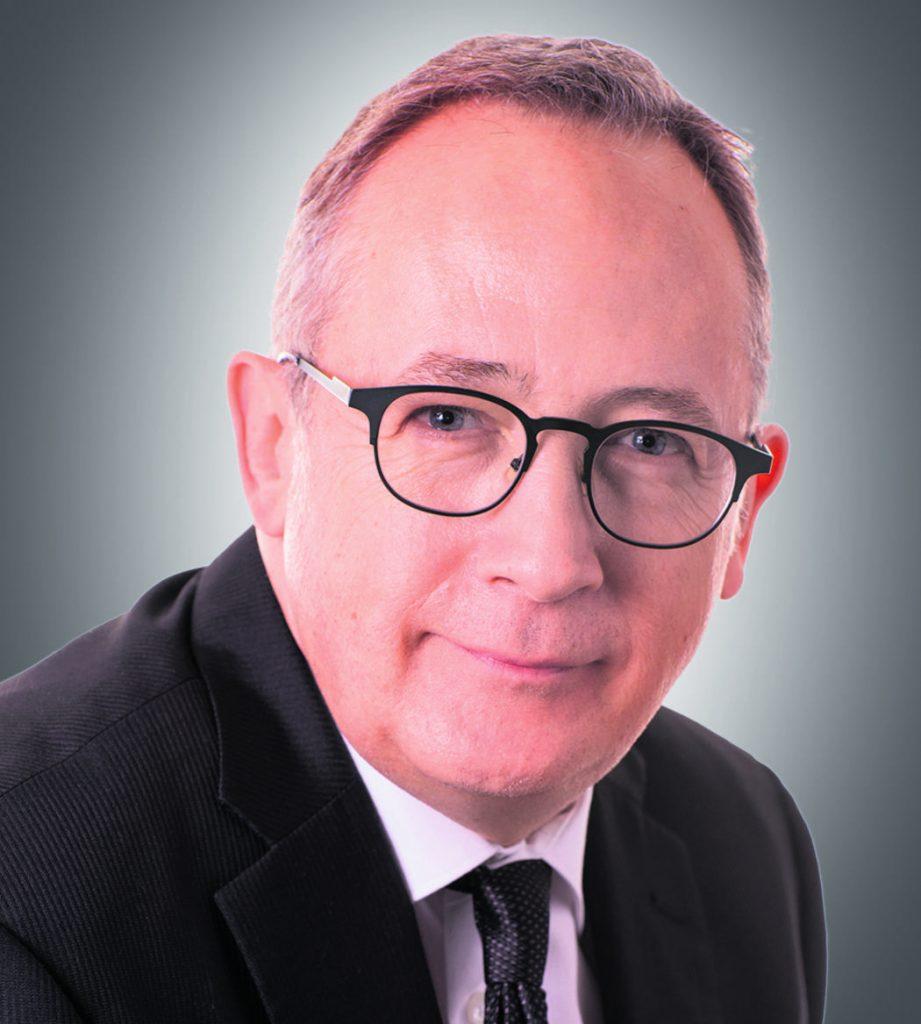 Yves Perron réclame des services adéquats et la fin des délais dans le traitement des cas de citoyens victimes de fraude