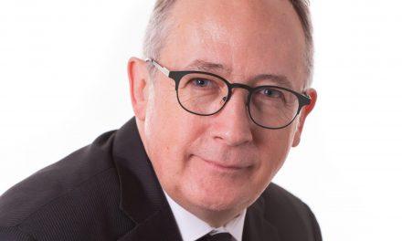 Yves Perron soutient la pétition e-3360 pour la protection des berges du Saint-Laurent