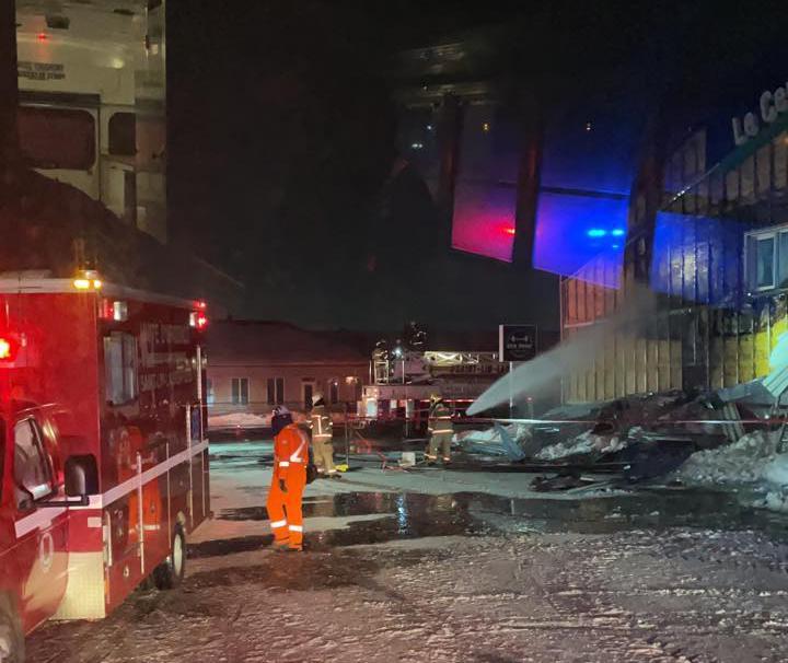 Incendie criminel à l'aréna de Saint-Lin