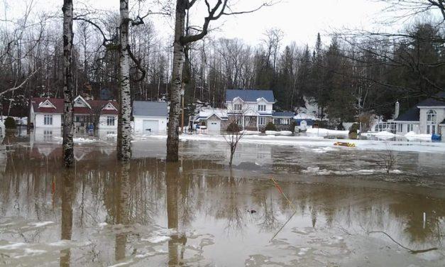 Évacuation massive à Saint-Félix-de-Valois
