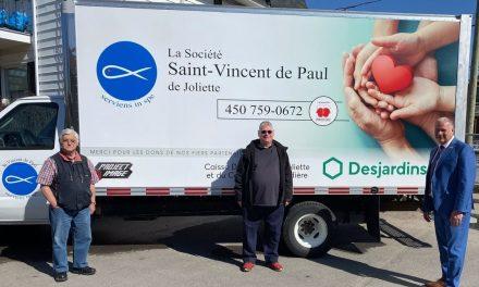 Partenariat de Desjardins et la SSVP pour l'achat d'un camion