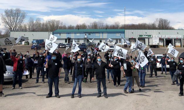 Le syndicat des travailleuses et travailleurs de Outils A. Richard Co. – CSN adopte l'entente de principe