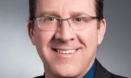 Entouré d'une équipe, le Maire de Saint-Côme sollicite un 3e mandat