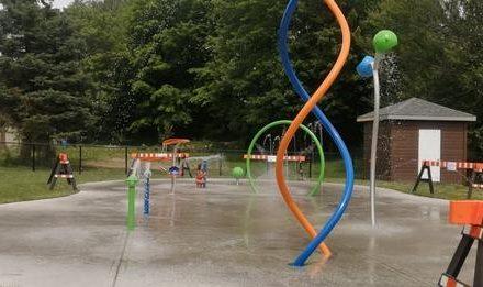Inauguration des jeux d'eau extérieurs à Saint-Gabriel-de-Brandon
