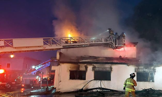 Incendie suspect d'un restaurant à Saint-Roch-de-l'Achigan