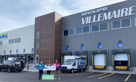 Groupe Villemaire remet 350 habits de neige aux enfants de la région des Laurentides et de Lanaudière