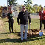 Une 9e plantation d'arbres à Rawdon grâce au Home Hardware